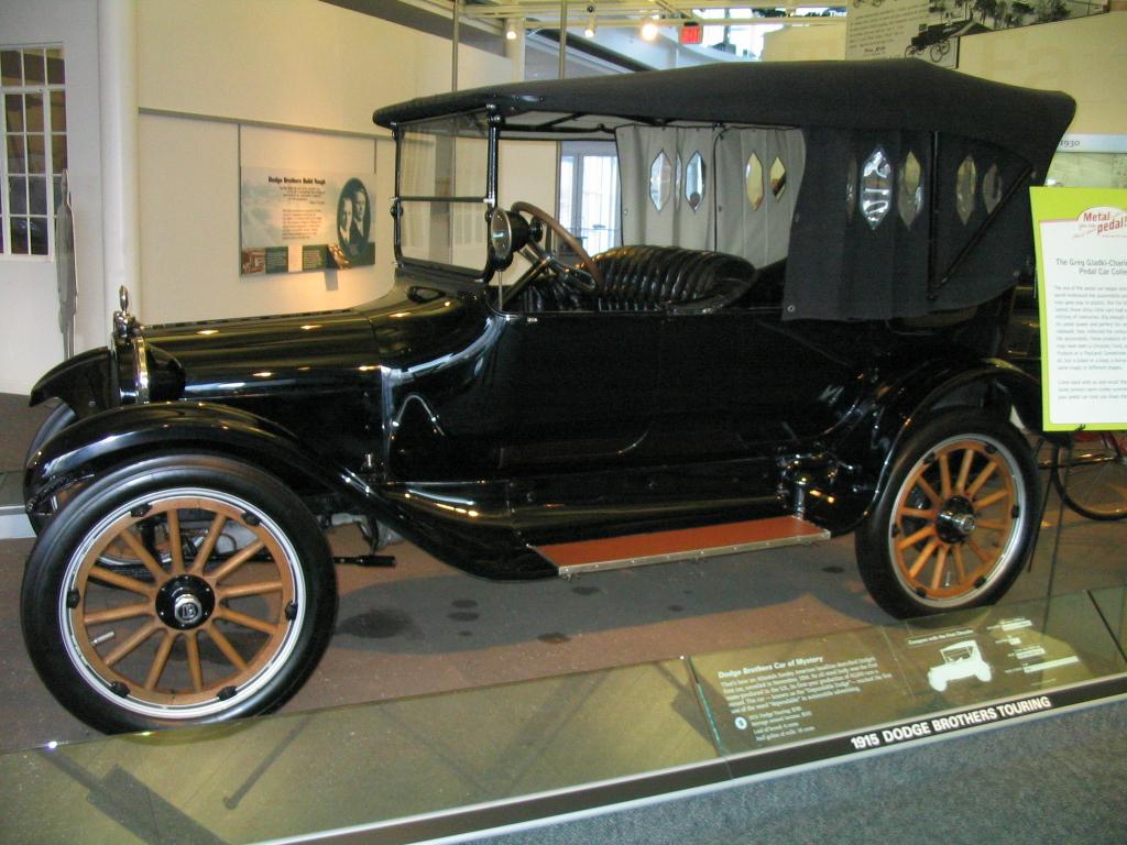 Chrysler Museum 2004  0023