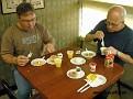 Vi börjar givetvis dagen med en god och näringsriktig frukost på motellet.