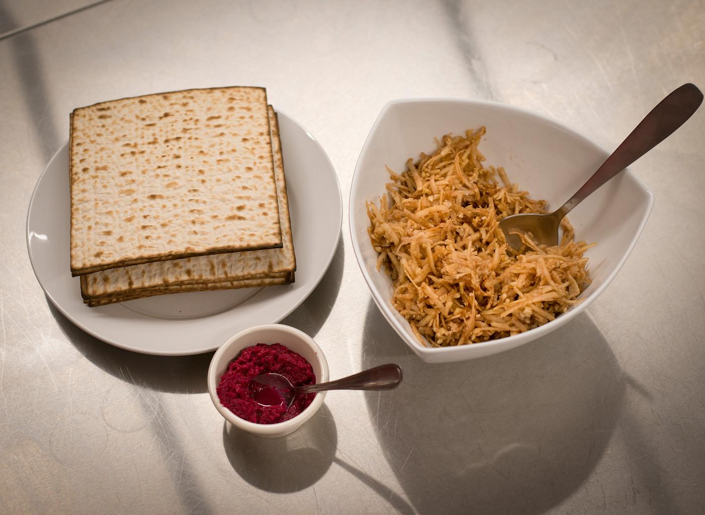 Matza, Haroset, Horseradish