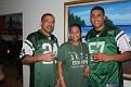 Mario, Chou et Mario jr. Nelson avec leurs uniformes NY Jets.