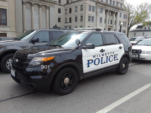 IL- Wilmette Police 2015 Ford Explorer