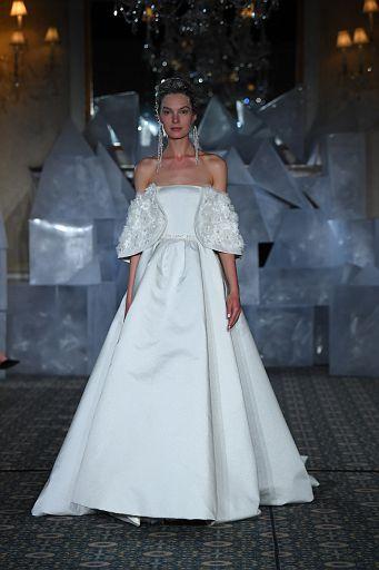 Mira Zwillinger Bridal SS19 0085