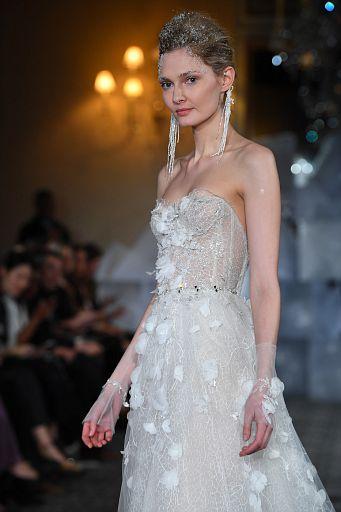 Mira Zwillinger Bridal SS19 0393
